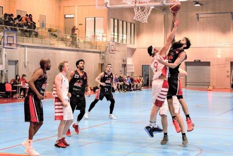 LUMBERJACKS: Askim ble for sterke for tømmerhoggerne i Fredrikstad Basketballklubb