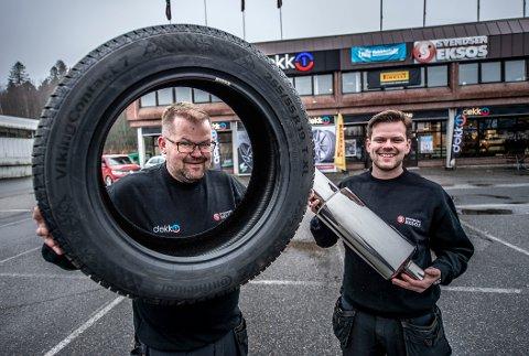 Brødre i partnerskap: Ole-Kristian (til venstre) og Jens-Didrik Bakken starter nytt dekksenter på Råbekken - sammen med Svendsen Eksos. Her blir det dekkskifte, dekkhotell, hjulskift, reparasjoner og lett bilservice.