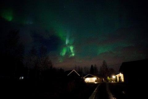 SPEKTAKULÆRT: Dette bildet ble tatt ved Togstad natt til mandag.