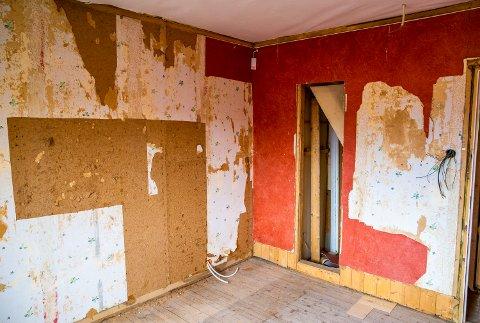 Slik ser det ut i andre etasje i Dronning Sonjas barndomshjem på Maihaugen. Fra 15. oktober til sommeren 2019 stenges huset for publikum, slik at også denne etasjen skal restaureres og bli tilgjengelig for besøkende.