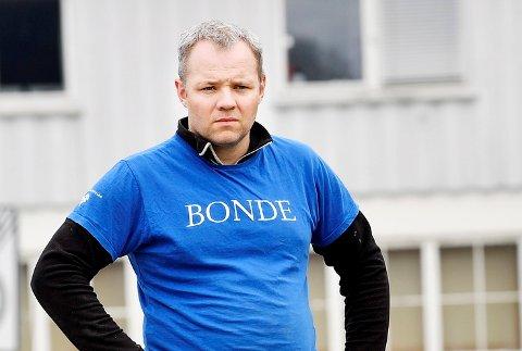 Anders Hole Fyksen er nestleder i Bondelaget i Oppland. Han minner om at forutsigbare rammevilkår må til for å opprettholde norsk selvforsyning.