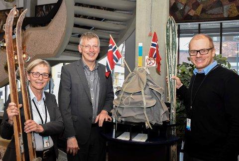 Solid resultat: Else Hellum, Steinar Haugli og Bjørn Rune Rindal i Sparebank 1 Ringerike Hadeland gleder seg over et resultat på 413,5 millioner før skatt i 2017.