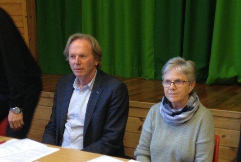 Ordfører Jon Larsgard (Sp) og varaordfører Reidun Haugen Dalseth (KrF).