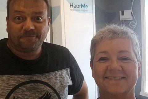 KLAR FOR ÅPNING: Nann-Helen Hartgen Varsi har tatt hjemmebedriften med inn i sentrumslokale i Kirkenes. Her med mannen Per-Inge Varsi, som vil jobbe i den nye butikken.