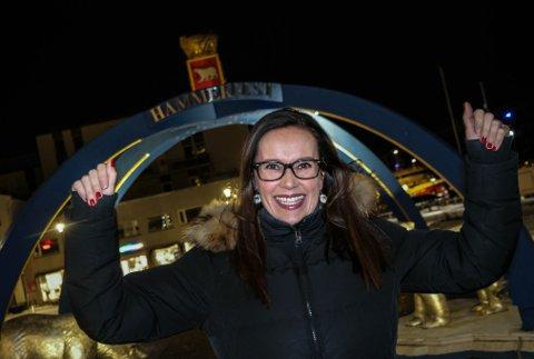 Jublende ordfører: Marianne Sivertsen Næss er fornøyd etter en forsinket julegave fra styret i Helse Nord. Nå blir det sykehus.