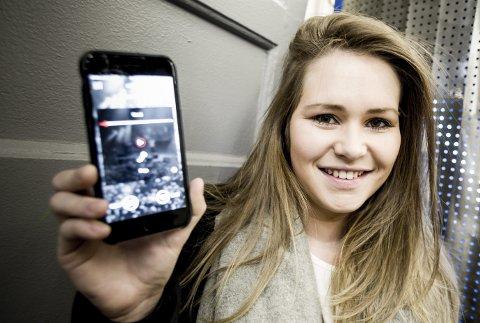 MUSIKKREVOLUSJON: Pernille Olestad Jensen (23) fra Sørumsand har utviklet Musebox – en app som skal gjøre det lettere for musikere å samarbeide med hverandre. Hun håper at den på lang sikt vil bidra til å endre musikkbransjen.FOTO: TOM GUSTAVSEN