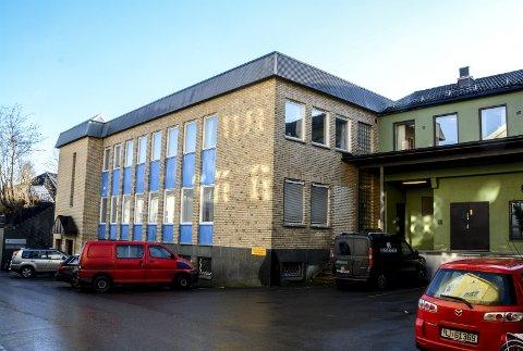 Forlenges: Kragerø faste billedgalleri søker kommunen om tilskudd til leie av lokaler i den gamle posthusgården.