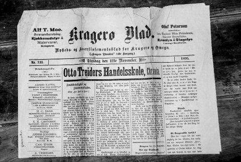 Slik kunne førstesiden på Kragerø Blad se ut det året da aviskrigen mellom Kragerø Blad og Vestmar raste.