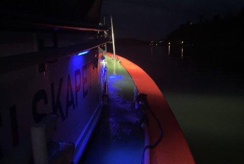 UTRYKNING: RS 143Uni «Kragerø» på vei til Stutsholmen natt til lørdag.