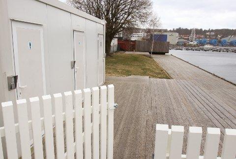 TILBUD: Serviceanlegget i Moss bobilhavn har toalett og dusj og på plenen i bakgrunnen kommer det benker og grillplass.