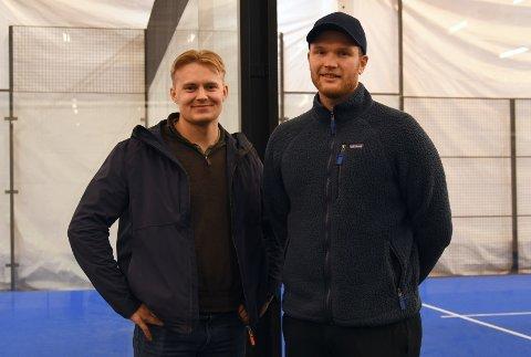 SUKSESS: Åpningen av den nye padelhallen var en suksess, ifølge eiere Kristian Finsrud og Preben Riska.