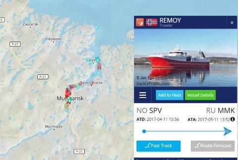 I MURMANSK: Tråleren Remøy ligger nå i havnen i Murmansk etter å ha blitt hentet av russisk kystvakt. Foto: Skjermdump Marine Traffic