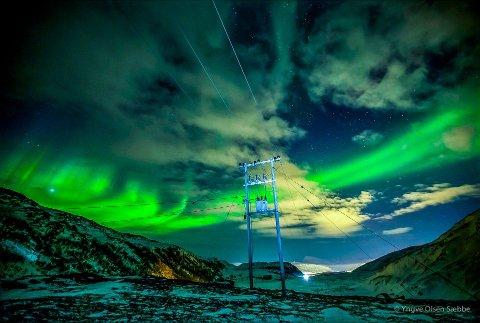 NORDLYS: NASA-programmet «The Grand Challenge» skal forske på nordlyset, her avbildet i Finnvikdalen på Kvaløya av Nordlys-fotograf Yngve Olsen.