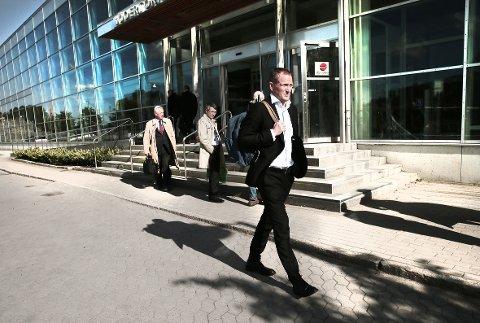 Tidligere finansdirektør Tobias Langseth nektet å avsløre sin hemmelige sluttavtale med Troms Kraft for retten.