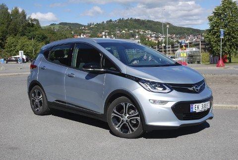 BESTE NYE ELBIL: Opel Ampera-e.ALLE FOTO: ØYVIN SØRAA
