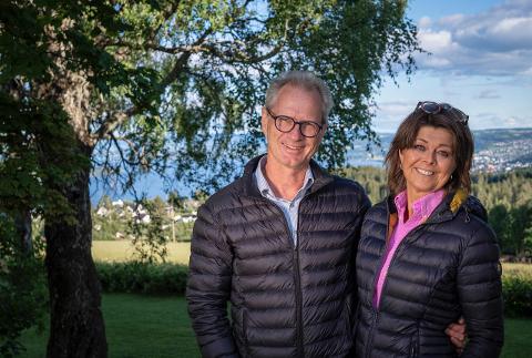 GLEDER SEG: Etter to år med kanselleringer gleder Patrick og Eva Braastad seg til å ta med reiselystne nordmenn til Frankrike igjen på nyåret.