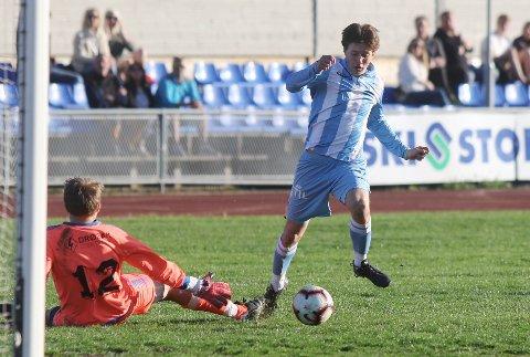 Markus Ottesen sørget for begge Follos scoringer mot Kvik. Her i aksjon i en seriekamp i sommer.