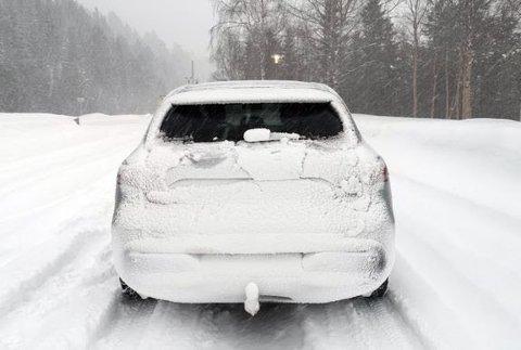 KONTROLL: Statens vegvesen gjennomførte trafikkontroll i Ski fredag.