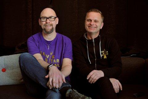 STOLTE: Anders Buaas og Atle Rasmussen er arrangører av Larvik Gitarfestival.