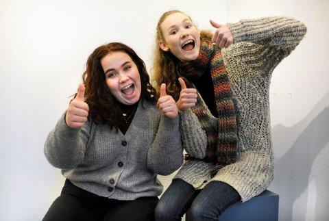 TOMMEL OPP: Vokalistene Sofie Lysnes og Signe Eidsheim gleder seg til å opptre på UKM, og er imponert over hvor proft og gjennomført UKM har blitt.