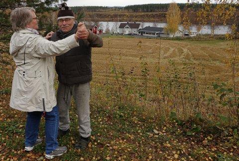 TRIM PÅ LOKALET: Svein Sparby, alias Trimian, inviterer til trimdans en gang i uka på Bergesiden grendetun.