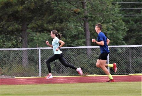 EUROPAS BESTE: Forskjellen på en løper og en som løper ble tydelig på Åkrestrømmen en tirsdag i august.