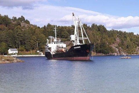 STRAFF: Kommunen følger opp ulovlig strand i Trosbyfjorden.