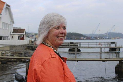 LOs distriktssekretær Irene Bordier Haukedal fikk e-post med beskjed om å holde seg tilgjengelig for telefonmøøte mandag.