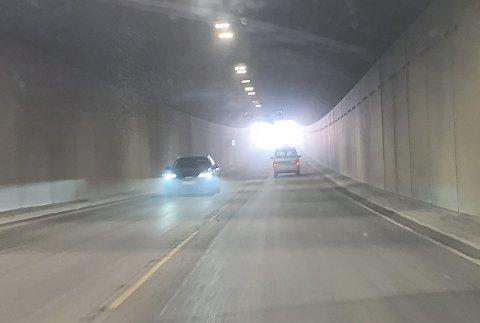 Slik så det ut inni tunnelen lørdag ved 13-tida.