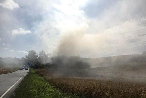 Brann i låve i Sarpsborgveien
