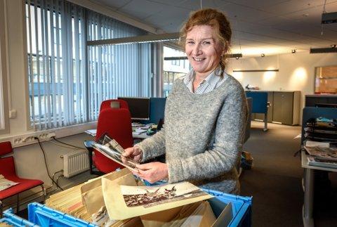 Laila Frammarsvik har overtatt scanningen av historiske bilder fra Rana Blads gamle arkiver.