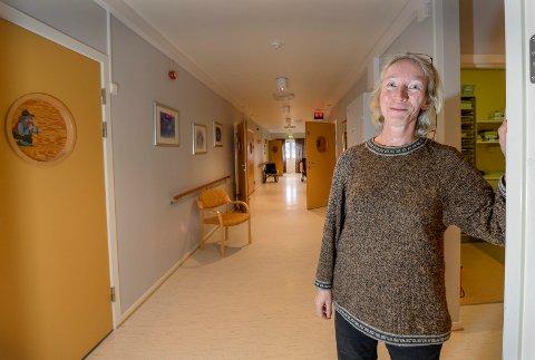 Anette Fosse fortsetter som sykehjemslege på Korttidsavdelinga på Ytteren, selv etter at hun slutter som fastlege i februar.