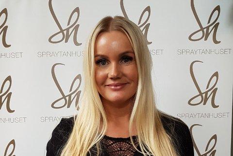 SATSER PÅ KUBEN: - Det føles nesten litt uvirkelig, sier Marita Iren Johansen. I mai åpner hun skjønnhetssalong på Kuben i Hønefoss.