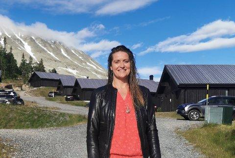 OPTIMIST: Kristine Bols, direktør for Sportellet på Hovdestaul, er optimist når det gjelder å få ansatt folk til kjøkken og servering.