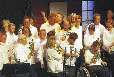 HURØ-GJENGEN: De inviterer til utekonsert på Hernestangen, eller inne på Sætre Semfunnshus om det regner. Arkiv