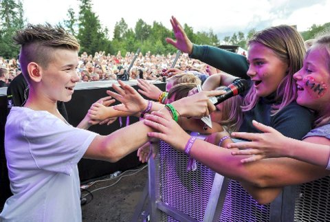 Håper på reprise: Kjetil Børdalen-Elstad håper på en reprise av en vellykket Bryggefestival som da ungpikeidolene Markus og Martinus gjestet scenen i fjor. Arkivfoto