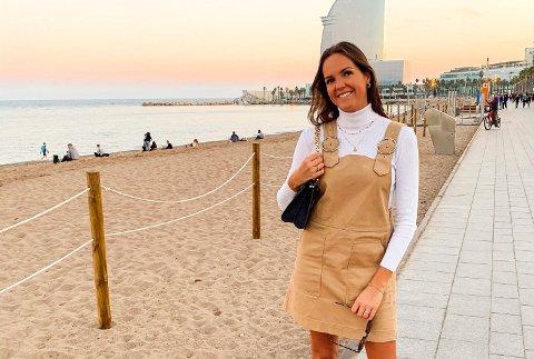 VENDTE TILBAKE: Mina Elizabeth Norli (23) bor i Barcelona for andre gang. Hun stortrives der, hvor hun fikk seg jobb etter endt utdanning. Men hun innrømmer at hun savner hjembyen litt. – Jeg skal heldigvis ha to uker sommerferie i Sandefjord til sommeren. Det ser jeg veldig fram til, sier hun