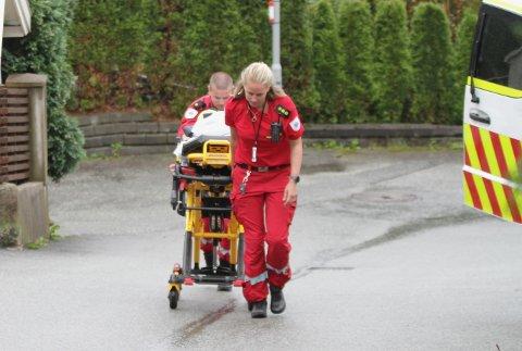 To personer ble fraktet til sykehuset. Én av dem med forbrenningsskader.