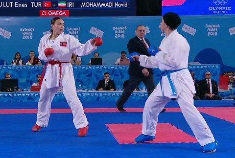Annika Sælid var meget solid i semifinalen mot Negin Altooni.