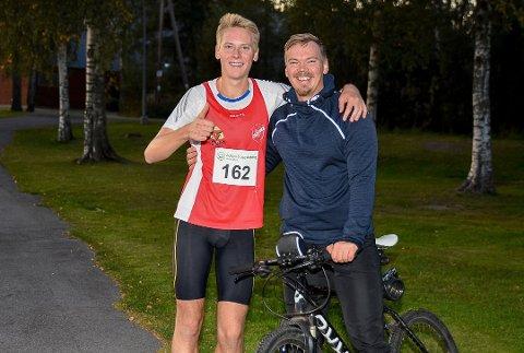 TRENER: Storebror Anders (27) har blitt ny personlig trener for lillebror Fredrik Sandvik (21). Sammen håper duoen på at Fredrik skal ta store steg på 3.000 meter hinder.
