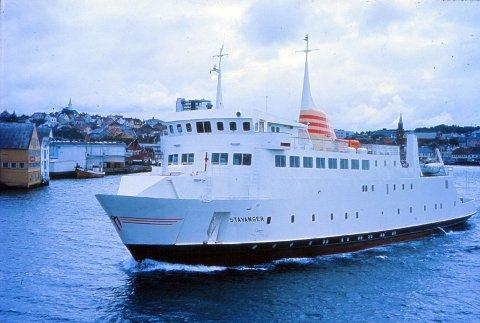 FLOTT: I 1973 kom ferja «Stavanger» som har plass til 50 biler. Den er blitt regnet som ei flott ferje. Foto: Johannes Østvold