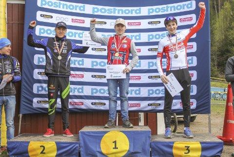 PALL: J. Anmarkrud fra Konnerud vant nordiske mesterskapet 2017 mens Svelvik Sykleklubbs Gabriel C. Slinger t.h. tok tredjeplassen. Arkivfoto Bjørn Slinger