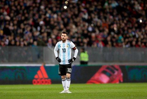 SOMMERHYGGE: Det er bare å booke sommerferien allerede. Fra 14. juni til 15. juli spiller Linoel Messi og de andre stjernene fotball-VM i Russland.