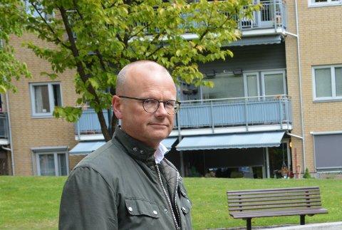 OMKAMP: Aksel Haraldsen (Høyre) vil reversere kutt for sårbare grupper. Nå ber han om at støttekontaktsaken blir behandlet på nytt.