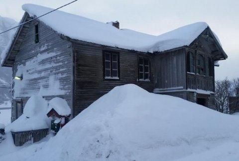 Huset som skal plukkes og rives i Vang.