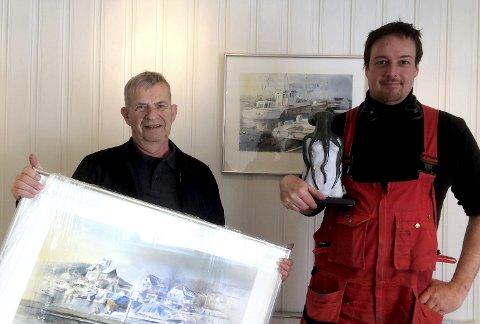 Stiller ut: Heer-mannen Rolf H. Gulbrandsen, anerkjent akvarellmaler langt utenfor Norges grenser, og skulptør Andrew J. Barton. Foto: Privat