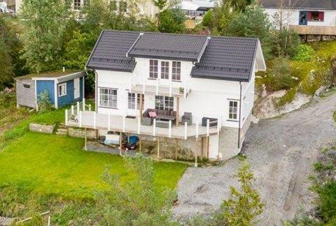 Vinterbro Terrasse 21 (Gnr 114, bnr 26) er solgt for kr 7.500.000 fra Kristin Elise Marie Haugen og Magnus Haugen til Bjørn Gunnar Haugen og Rakel Haugen (05.11.2019)