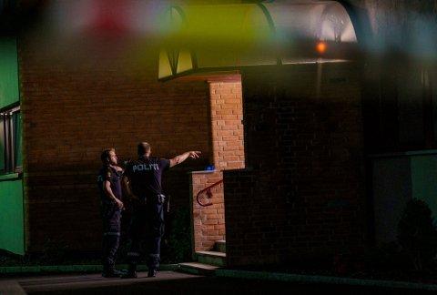 TO SKUTT: To unge menn ble skutt i et boligfelt på Trosterud natt til onsdag i forrige uke.