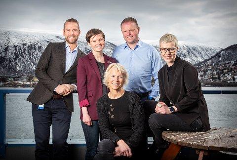 Petter Høiseth (konserndirektør SpareBank 1 Nord-Norge), Ragnhild Dalheim Eriksen (prosjektleder Samfunnsløftet), Iselin Marstrander (daglig leder Nordlandsforskning), Roger Finjord (daglig leder Finnmark Fotballkrets) og Maria Utsi (festspilldirektør Harstad) fra første møte i samfunnsrådet.