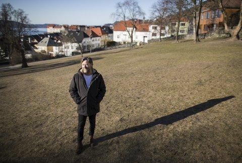 LEVDE I SKYGGEN: Jan Roger Voll som «frelst» som                   13-åring og brukte årene frem til han var 40 år på å tjene Gud som predikant i frikirkemenigheter. I 2006 brøt han med Levende ord. – Jeg har vært hyklersk, sier han.FOTO: EMIL WEATHERHEAD BREISTEIN